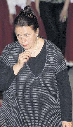 На похоронах Людмилы ЗЫКИНОЙ коллеги обратили внимание, что ТОЛКУНОВА выглядит не совсем здоровой