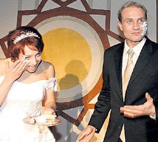 На свадьбу Романа с Юлией ЛАУТОВОЙ...