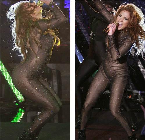 Дженнифер вышла на сцену в облегающем костюме, расшитом стразами. Фото: Daily Mail