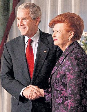 Джордж БУШ для президента Латвии был лучшим советчиком