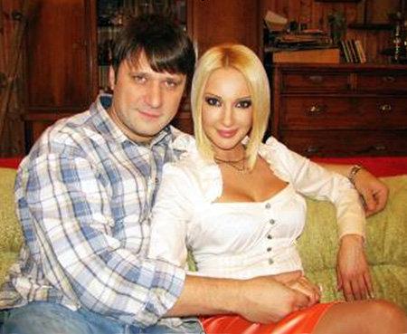 Супружеская жизнь героев Виктора ЛОГИНОВА и Леры КУДРЯВЦЕВОЙ длилась недолго
