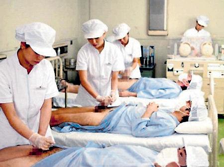 ...дипломированные медсёстры тратят около семи минут