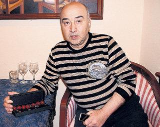 Вадим АВАКЯН...