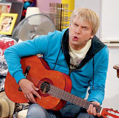 Сергей СВЕТЛАКОВ решил податься в шоу-бизнес