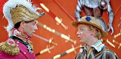 Один из самых «народных» фильмов артиста - «Старая, старая сказка», где он работал на пару с Олегом ДАЛЕМ