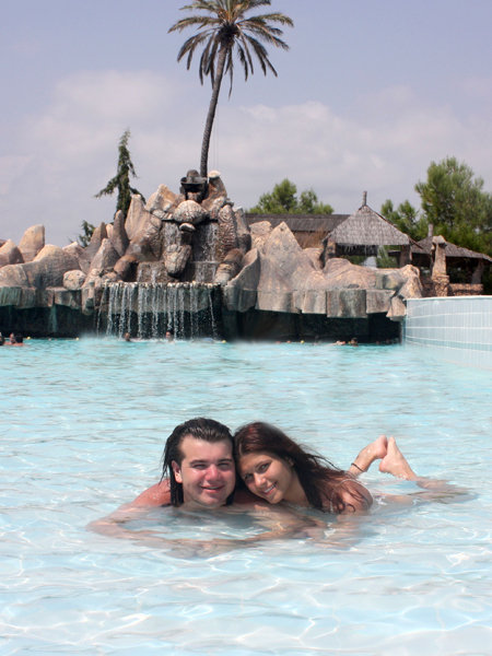 Миша и Юля на отдыхе в Турции летом 2009 года