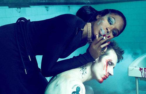 Супермодель стала героиней провокационной фотосессии для журнала «Interview»