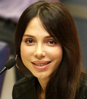 Оксана ГРИГОРЬЕВА надеется, что в новом доме ей с детьми будет спокойнее