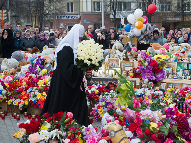 Два миллиона рублей дополнительно получат семьи погибших в ТЦ «Зимняя вишня»