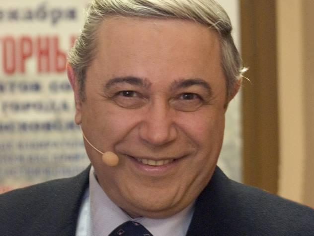 Юморист Евгений Петросян