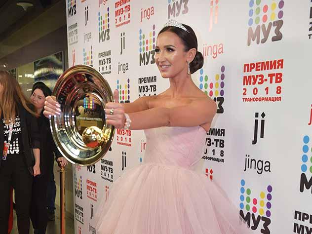 Продюсер Бузовой не поверил, что она может чисто спеть на концерте