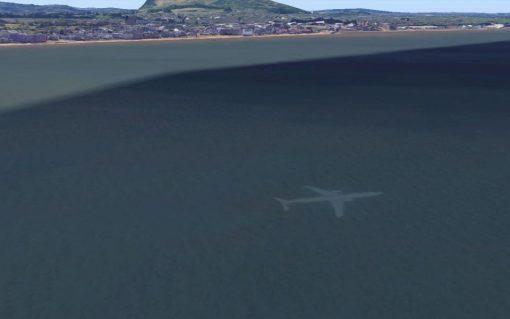 самолет под водой