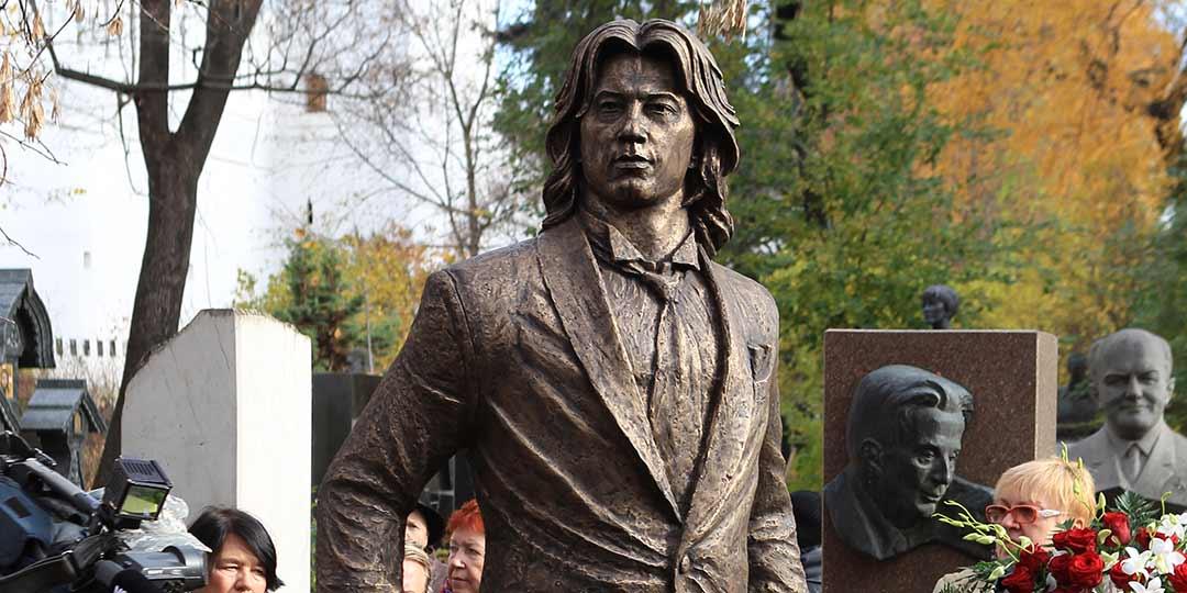 Звезды на открытии памятника Дмитрию Хоростовскому, ради которого его родители продали квартиру