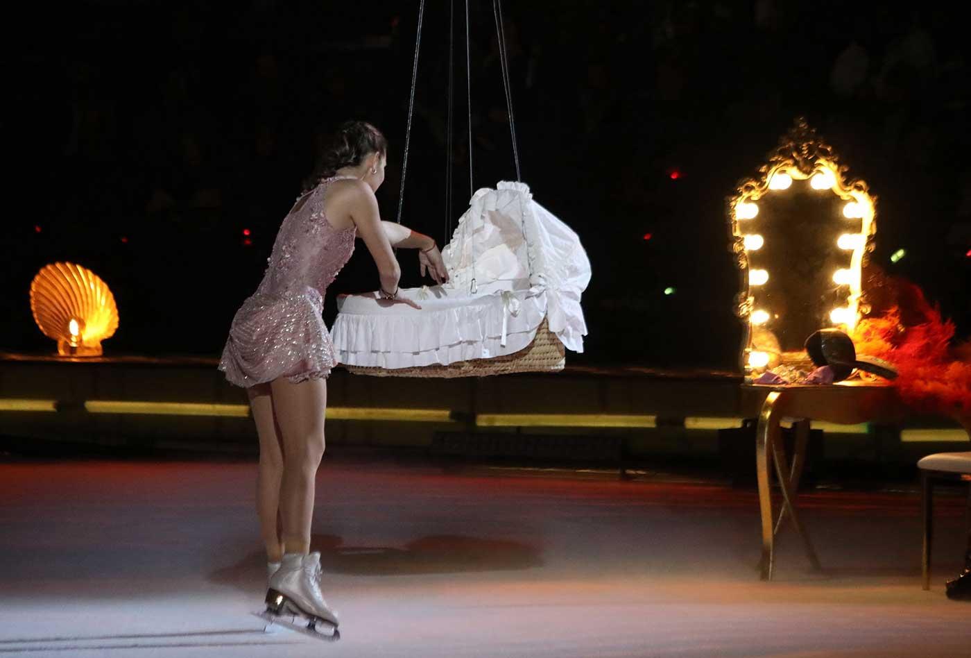 Ледовые шоу-6 - Страница 36 Adelina-sotnikova-3024239