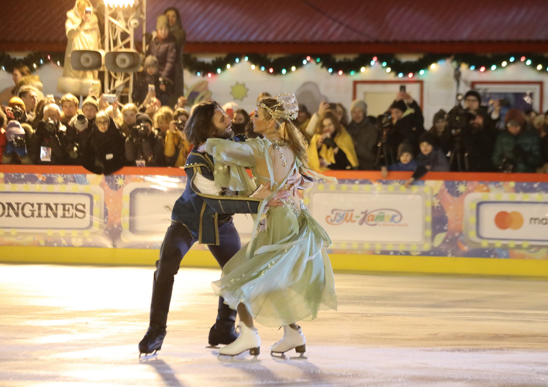 Ледовые шоу-2018-2019 - Страница 12 Tatyana-navka-i-petr-chernyshev-3042359