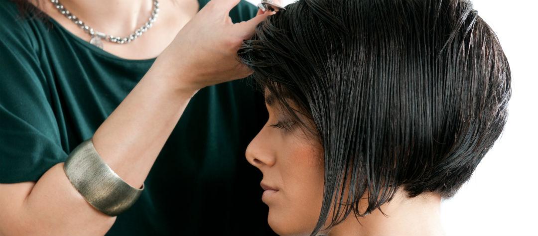 Благоприятные дни для стрижки волос в январе-2020