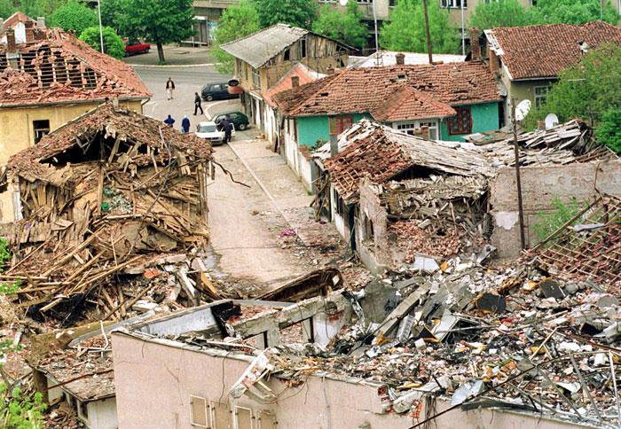 Авиация НАТО специально бомбила мирные города для устрашения населения