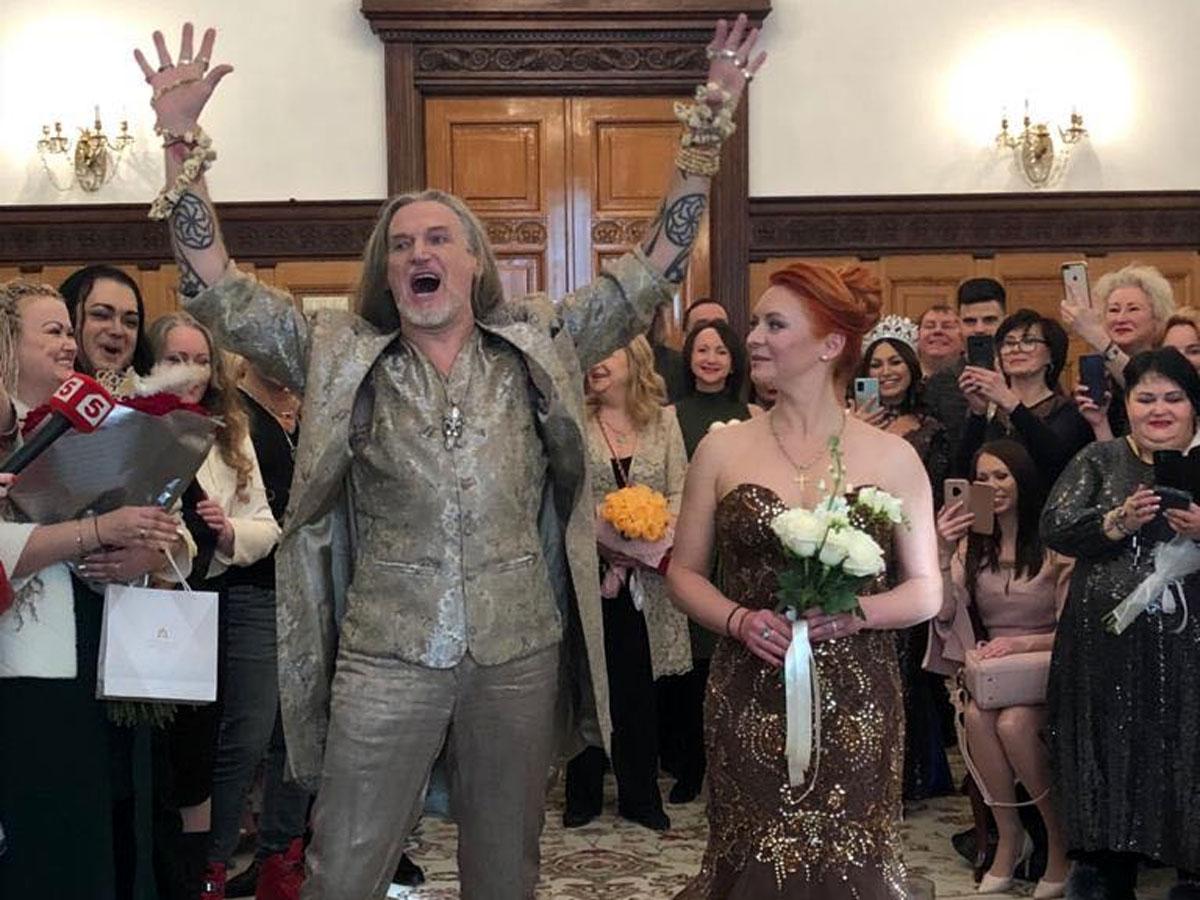 Невеста в коричневом: первые фото с новой свадьбы Анисиной и Джигурды