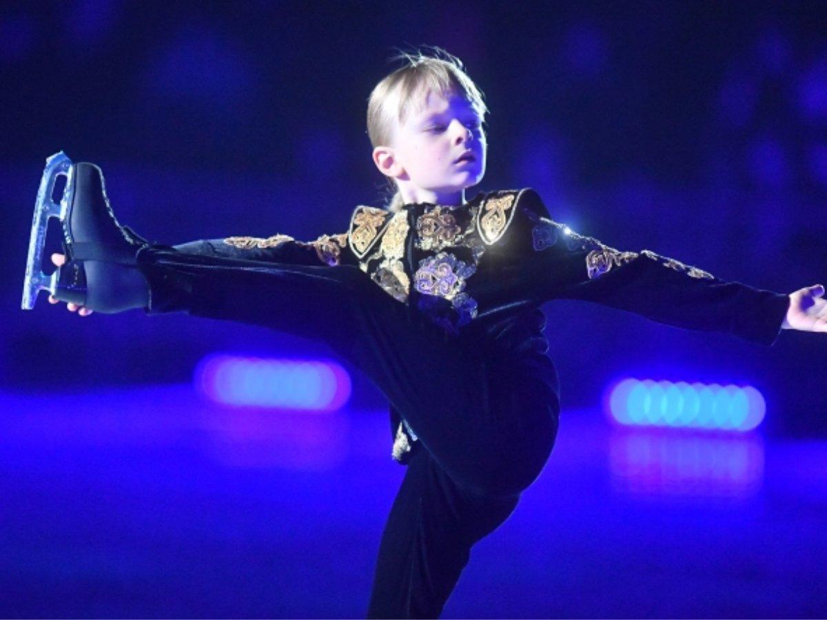 Сашу Плющенко сняли с турнира по фигурному катанию
