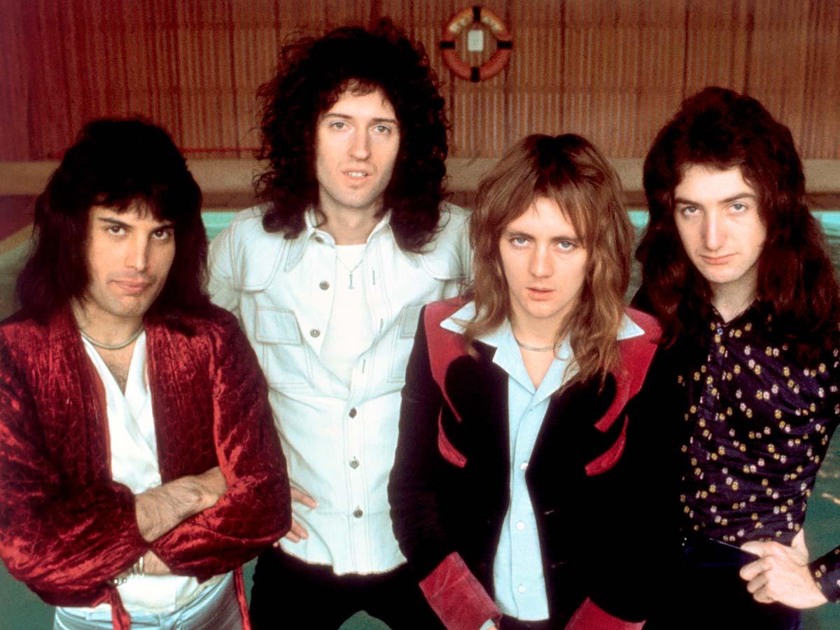 Басист Queen изменился до неузнаваемости и живет затворником