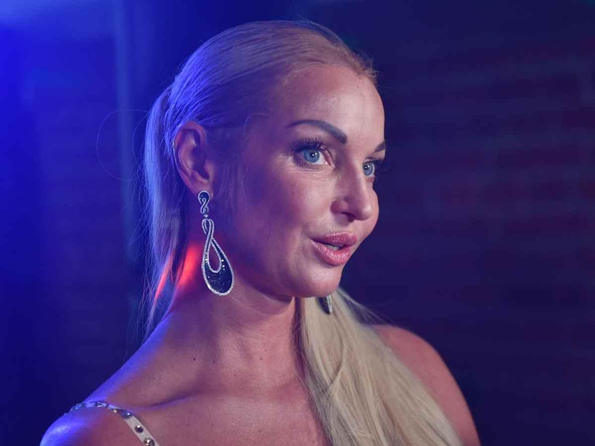 «Позволяет всё, кроме проникновения»: известный актер рассказал о плотских утехах с Анастасией Волочковой