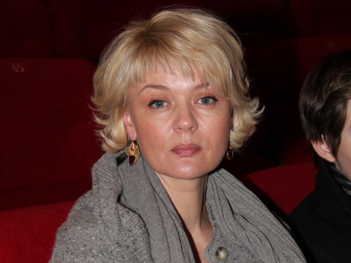 «Хотелось тишины»: Юлия Меньшова вышла на связь на 40-й день после смерти отца